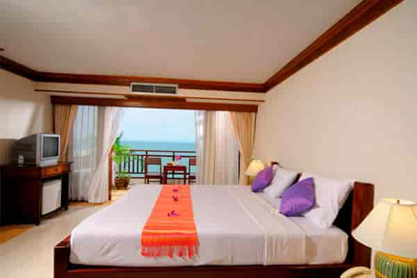 cliff-beach-resort-room-sleep